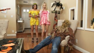 StepSiblingsCaught – Step Brothers Trick And Treat