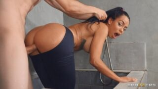 Brazzers – Torn Tights Anal Shower