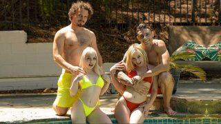 SisSwap – Stepsisters Teenie Bikinis